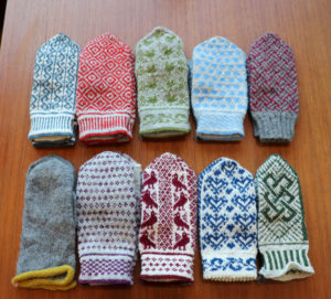 handknitted mittens swdish mitten eldbrau 北欧手編みミトン